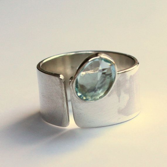 Spirits Of The Sea - Sterling Silver Ring with Aquamarine - interesting...