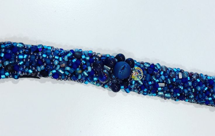 Blue beads embroidered base for a bracelet or a hairband