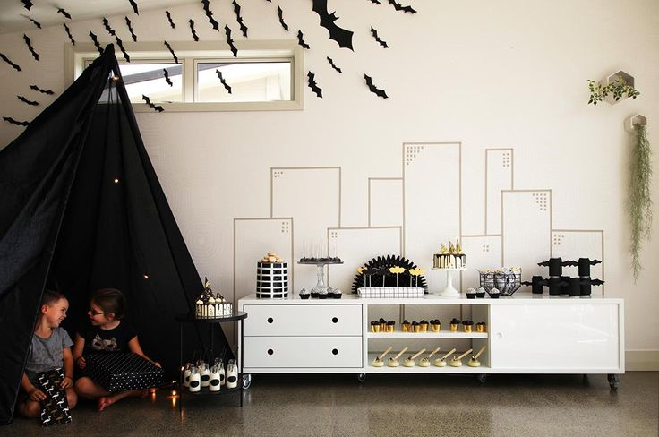 Lets get Batty.  See more at www.theprettybaker.co.nz #batparty #partythemes #partyideas #partystyling #partysupplies #partyproducts #theprettybaker #welovetoparty