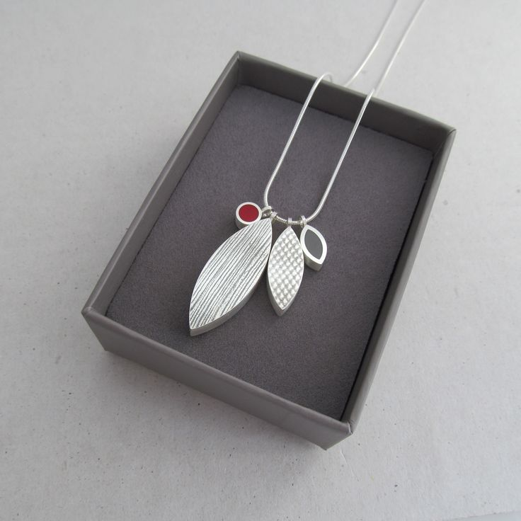 Wilde Works - Snapshot2016 Collection - Reversible Silver and Resin Pendant - www.wildeworks.co.uk
