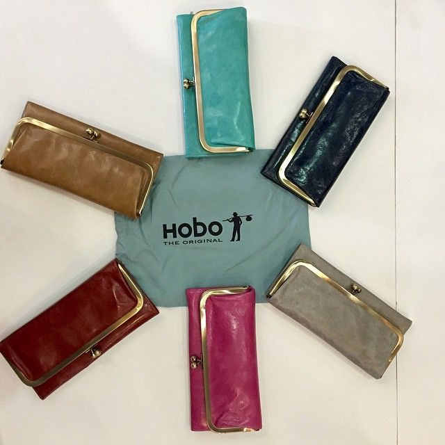 Hobo wallets and purses make great Christmas gifts for the ladies!