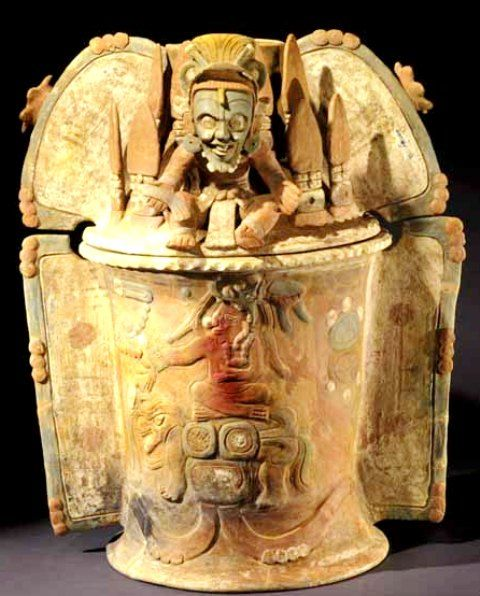 Quiche Burial urn with cover. Ruler seated on jaguar throne. Cover with seated deity.jpg (480×596)