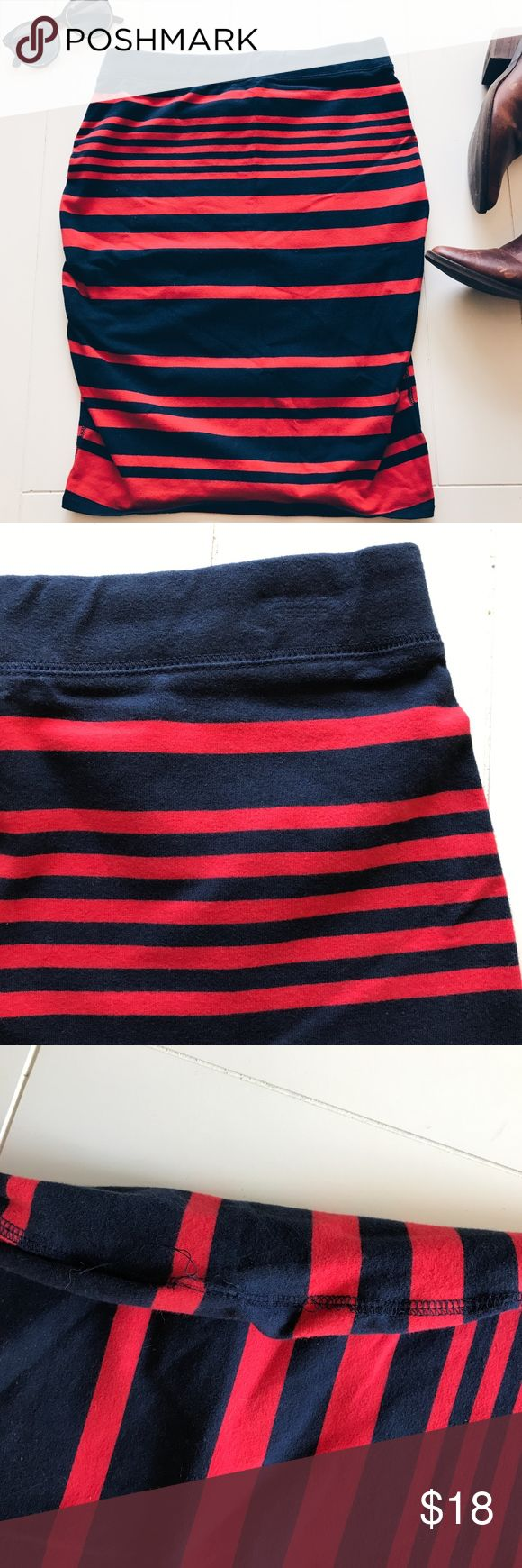 Old Navy - Red and Navy Striped Skirt Very cute, red and navy striped skirt from Old Navy! In good used condition. I wore it mostly during my pregnancy. Stretchy cotton material. Great for the fall/winter months! Photos show some tears in the seam. Nothing too bad. Offers welcomed! Old Navy Skirts