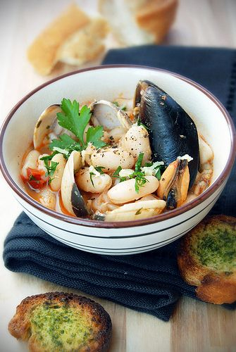 cannellini mussels and ginger soup
