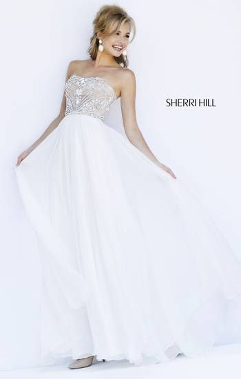 Elegant and beautiful, this Sherri Hill prom dress is a keeper!