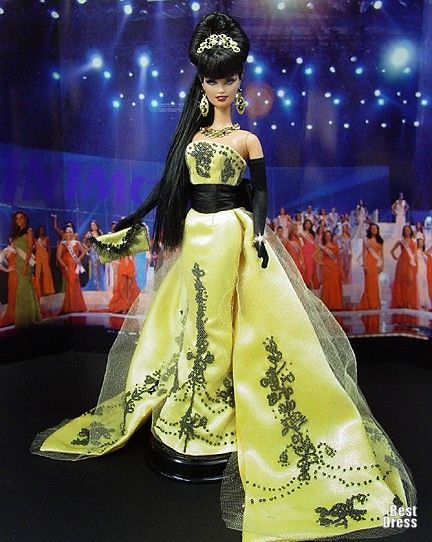Ninimomo's Barbie.  Americas (North, Central, South).  2009/2010  Miss Honduras (Dress Zuhair Murad)