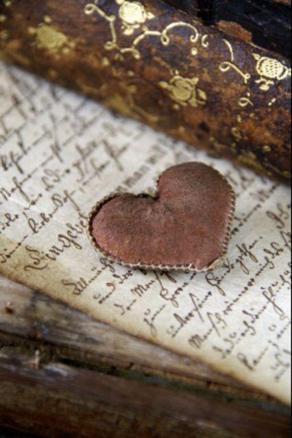 bluemoonandmistymornings:  jusquoboutdumonde:    heart of my heart ❤ will you be my valentine