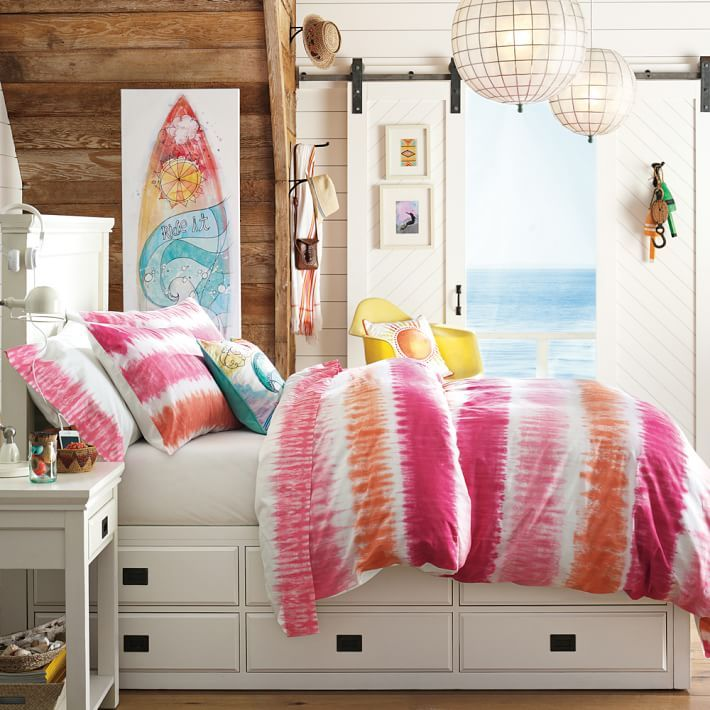 Best 25 beach theme bedrooms ideas on pinterest beach for Beach themed rooms for girls