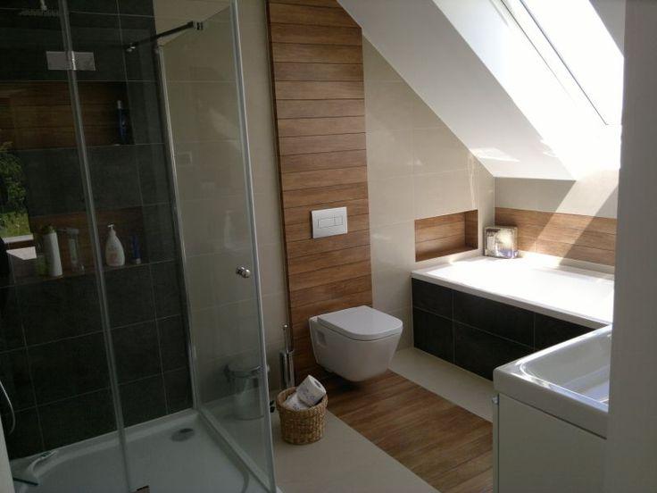 łazienka szarości z płytkami imitującymi drewno - Szukaj w Google