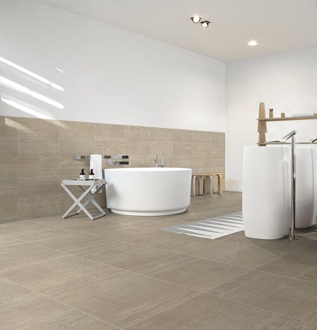Badezimmer Badezimmer Fliesen Wand Und Boden Gleich Badezimmerfliesenwandundbodengleich Badezimmer Fliesen Badezimmer Boden Badezimmer Fliesen Beige