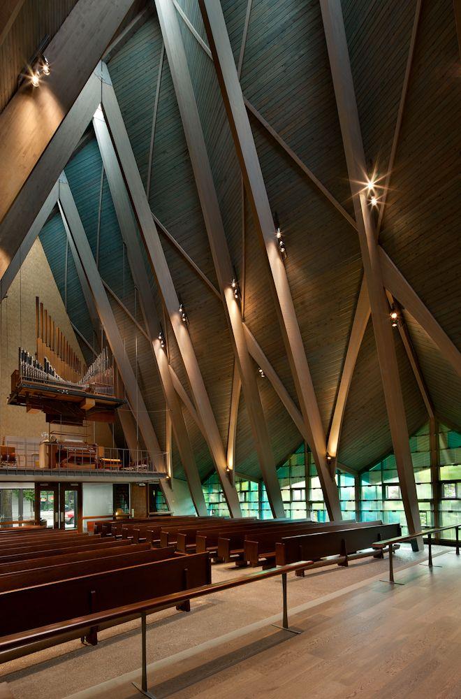 St. Paul's Episcopal Church Renovation / atelierjones