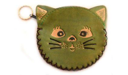 Monedero Gato Verde. Monedero en cuero con opción de llavero. Visítanos en tuakiti.com #monedero #purse #gato #cat #llavero #keyring #keychain #tuakiti