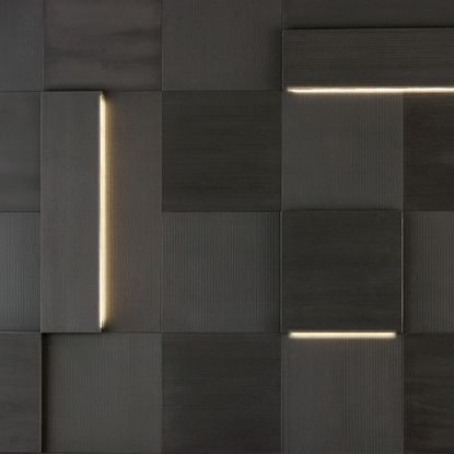 Rivestimento Augmented Texture serie Striped Led, pietra Black Rock, formato 50x50 cm/25x100 cm