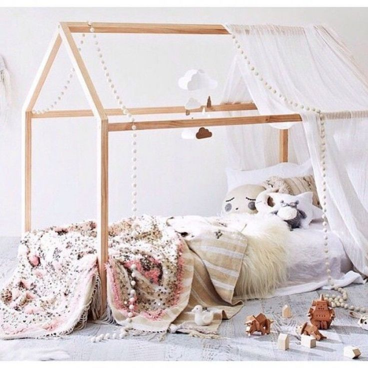 HOUSE BEDS | Mommo Design