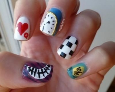 11 best queen of heart nails images on pinterest queen of hearts alice in wonderland nails prinsesfo Choice Image