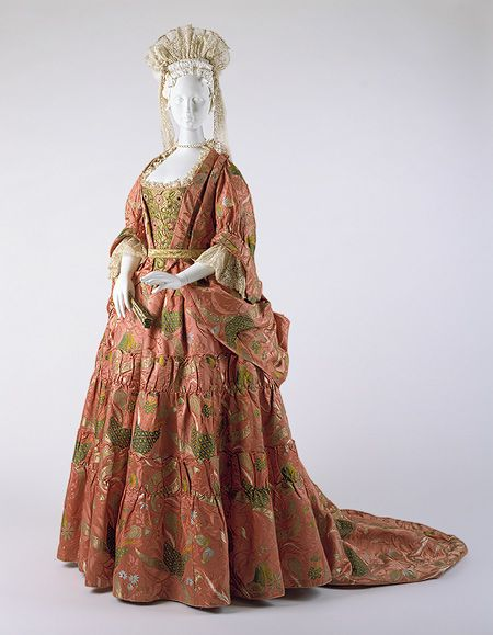 Mantua, ca. 1708  English  Bizarre silk in salmon-pink damask with floral and foliate pattern brocaded with polychrome silk and gold metallic file
