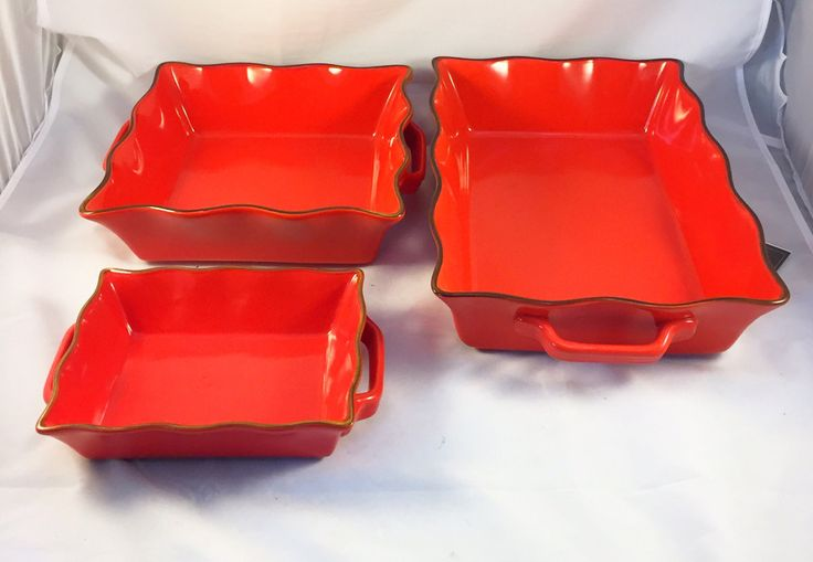 Set of 3 Red Serving Dish Bakeware Dish with Ruffled Edge & 2 Handles $60