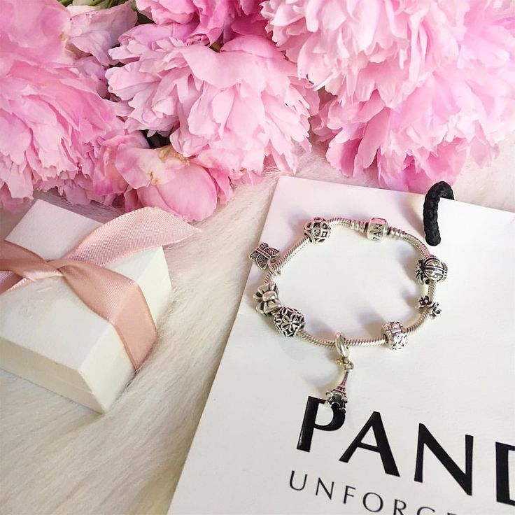 "189 aprecieri, 3 comentarii - Raluca Drugan (@raluca.drugan) pe Instagram: ""I 💗 my Pandora"""