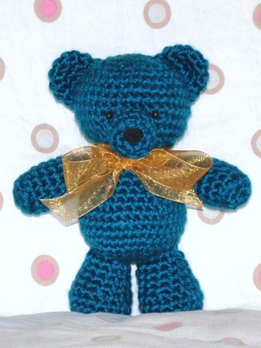 10 free teddy bear crochet patterns including this one from crafty