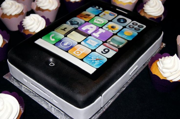 iPhone Cake by Whippt Desserts & Catering