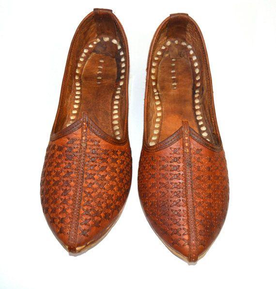 A mano Mojari / Jooti per uomo Leather xdesign di FeelOfIndia, $31.00