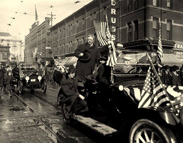 On August 20, 1902, President Theodore Roosevelt took the first public automobile ride by a U.S. President during a parade in Hartford, Connecticut.