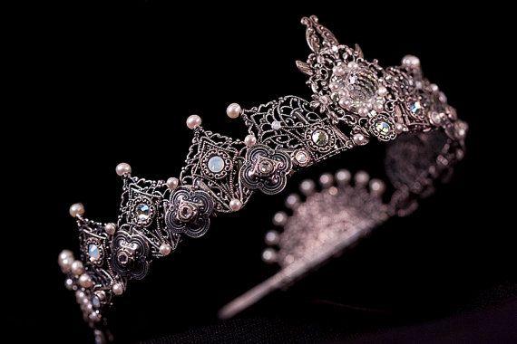 Custom Wedding Tiara, Tudor, Renaissance, Medieval, Crown, Handcrafted Bridal Headpiece with Pearl, Swarovski, Design Your Own Crown