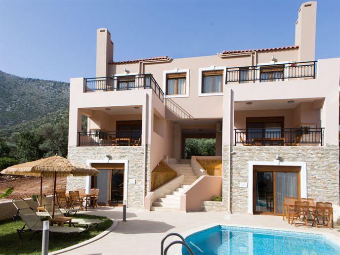 Zonvakantie bij Pantheon Villas & Suites op Kreta met Eliza was here