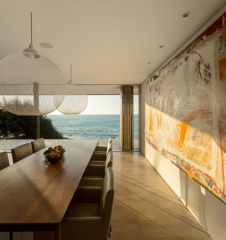 Dining room has a large view and accessibility to exterior and allows appropriate ventilation from sea breeze.