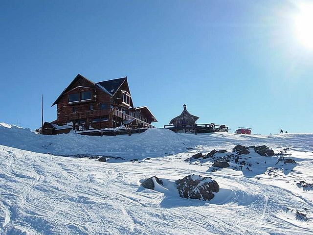 El centro de esquí en Penitentes, Las Heras, Mendoza, Argentina.