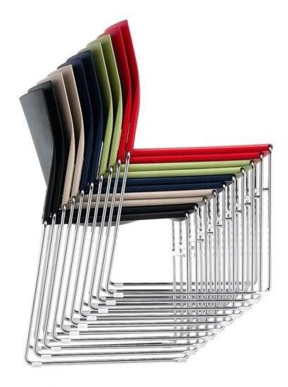 Stapelbare stoel type S450 met een chroom onderstel   Terborgse HandelsOnderneming