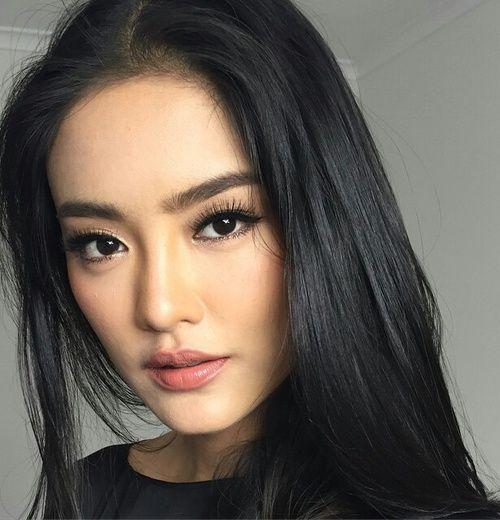 les 25 meilleures id es de la cat gorie beaut asiatique sur pinterest maquillage asiatique. Black Bedroom Furniture Sets. Home Design Ideas