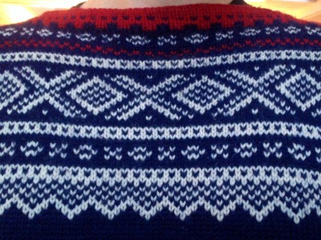 Håndarbeiden » Marius er overalt strikk Marius-genser