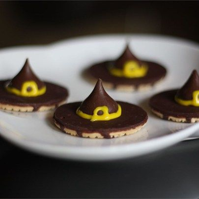 """Witches' Hats I """"I have made these w/ my son and nephews almost every Halloween and they are always a hit!"""""""