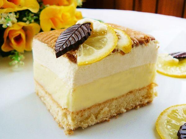 Ciasto cytrynowe z kremem budyniowym i pianką - Ostra na słodko
