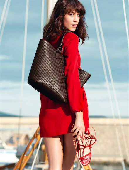 Longchamp Spring 2014 collection. Discover it on www.longchamp.com <<< The breathtaking moment...