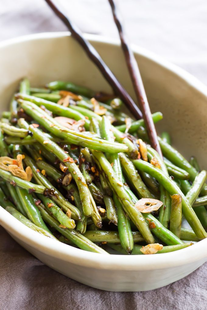 Paleo Asian Green Beans - Ready in just minutes this healthy side dish goes with just about any protein! | wickedspatula.com