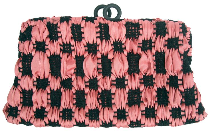 Terra pochette in handwoven fabric primitivo black and pink.