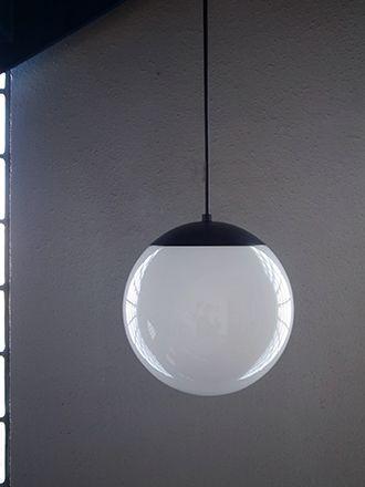 球体ホワイトガラスライト ペンダントランプ シンプルモダン照明