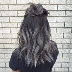 Rock your roots! Again all done with fanola!  Roots 5.1  Mid-ends 9.11 + silver…