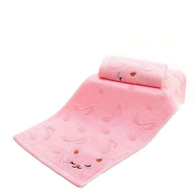 Tiny Kitten Face Bath Towel