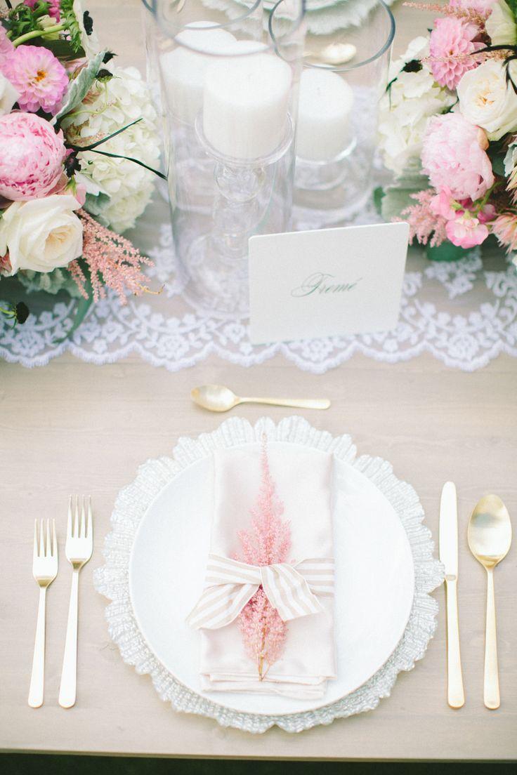 Elegant and feminine table decor: http://www.stylemepretty.com/destination-weddings/2015/03/16/elegant-new-orleans-inspired-hawaiian-wedding/ | Photography: Rebecca Arthurs - rebeccaarthurs.com