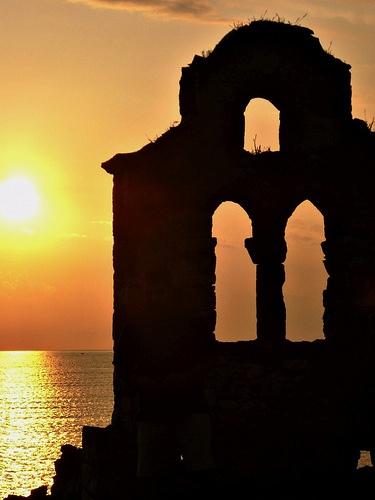 sunset in oitilo