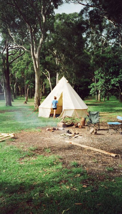 bell tent / teepee c&ing - anna louise mould annalouisemouldphotodiary.tumblr.com & 79 best Old tents images on Pinterest | Camping images Camp ...
