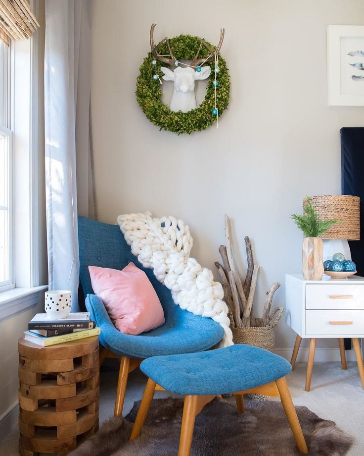 @placeofmytaste created the ultimate cozy corner to enjoy the #happymoderndays ahead + you can too! Shop our Canyon Vista Mid-Century Wingback Chair and Machado End Table with code CYBER to receive 25% off these reading nook essentials. Link in our profile to get shopping! #cybermonday #deals #readingnook #mymodern