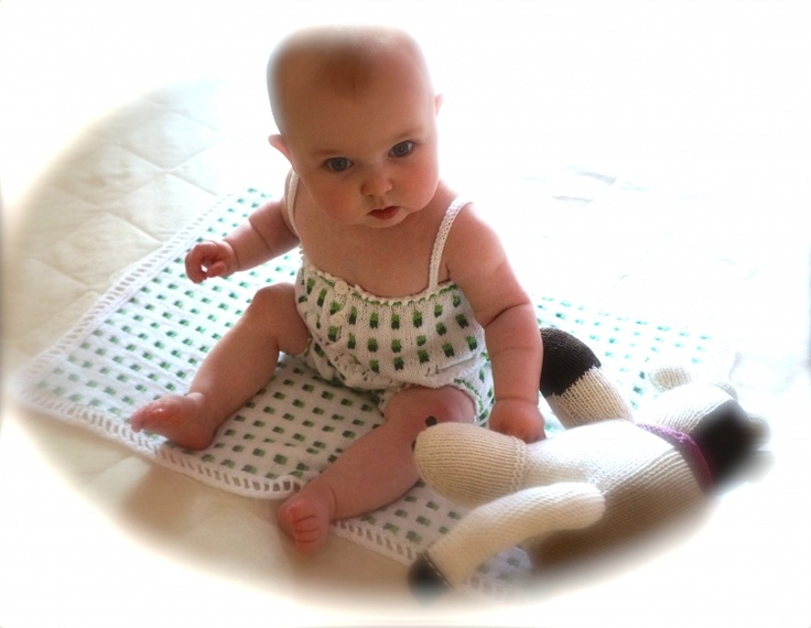 BUBBLES Pram/Pusher Blanket - see matching onesie . . .