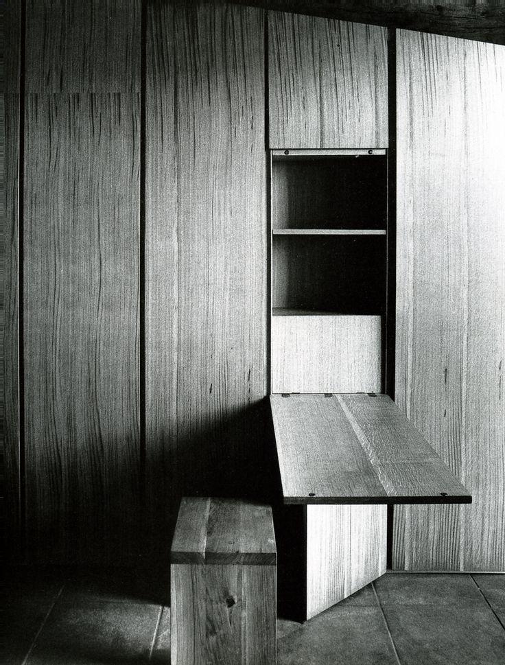 tafel ter hoogte van window
