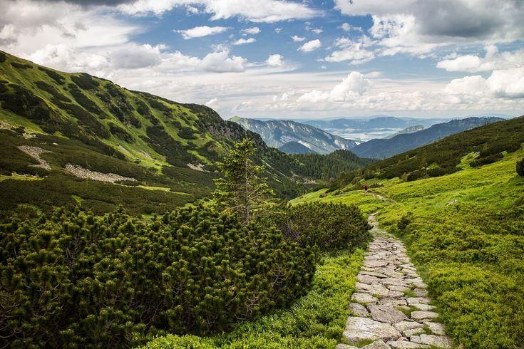 Neverending hiking trail....