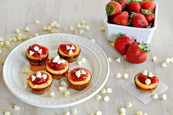Two-Bite White Chocolate Cheesecakes from Tiny Food Party