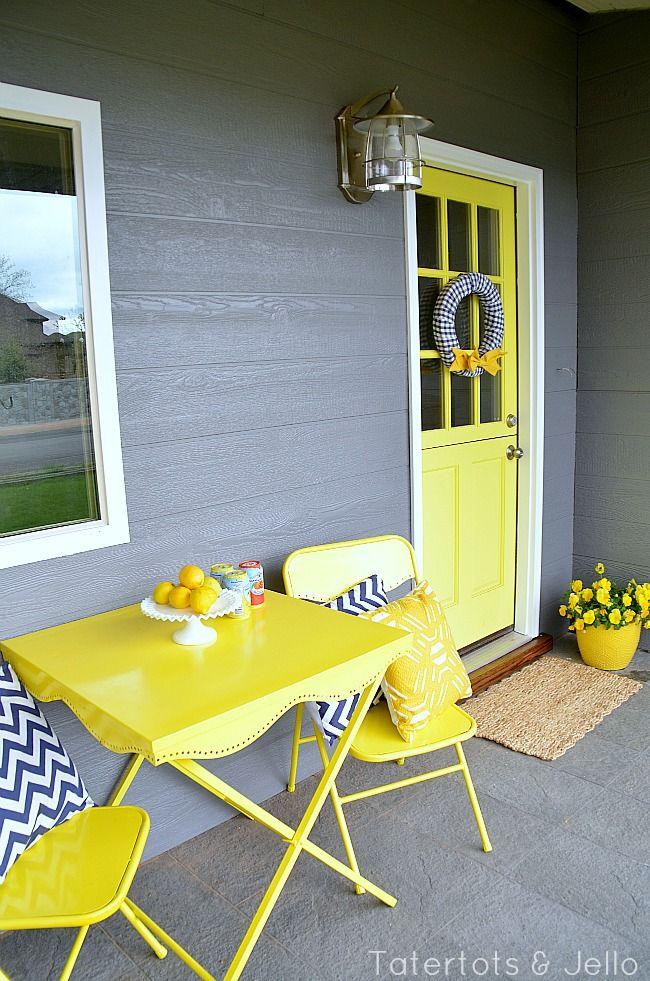 Fun cottage #porch from www.tatertotsandjello.com - love the colors!